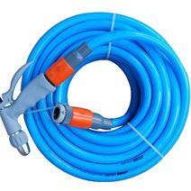 花园蓝色水管